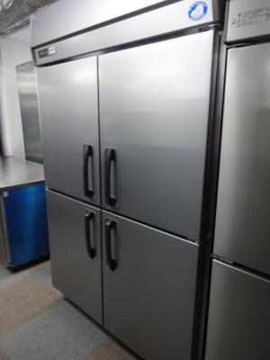 【売り切れ】パナソニック 業務用縦型4ドア冷蔵庫 SRR-K1261S